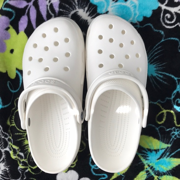 White Crocs Size 1 Womens 9 Men | Poshmark
